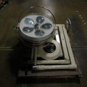 Skytron Nova Model 58 Triple Surgical Light System